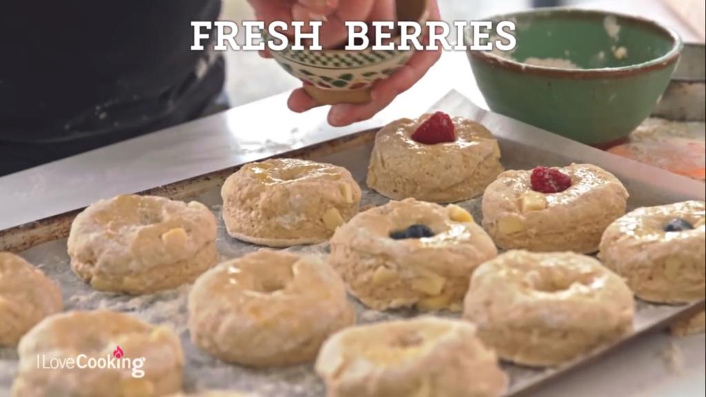 How to make scones with Patrick Ryan - friske baer
