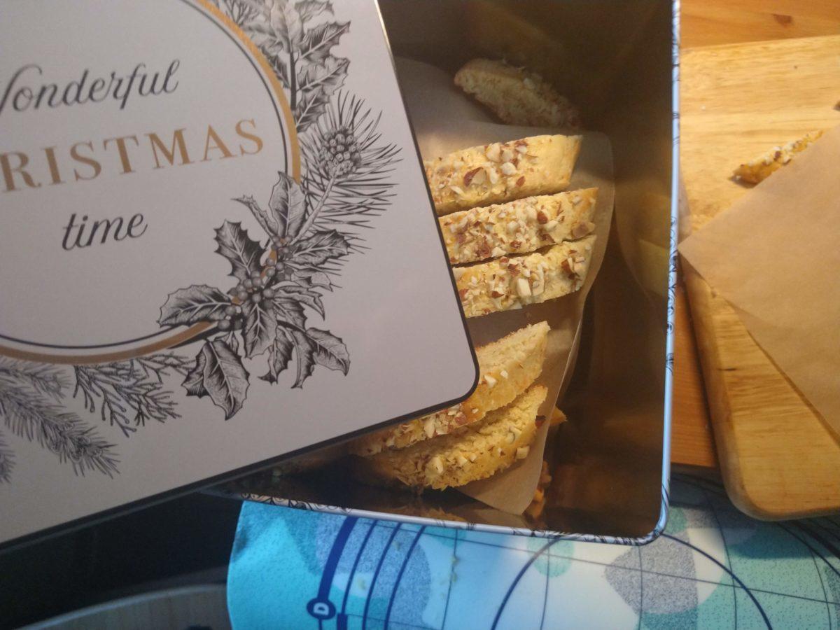 Tebrød i boks til jul